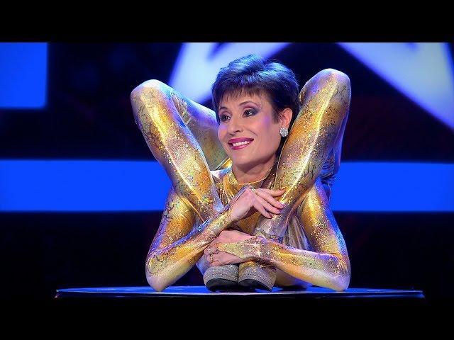 Supertalent 2014 Magdalena Stoilova alias Miss Maggi die Schlangenfrau